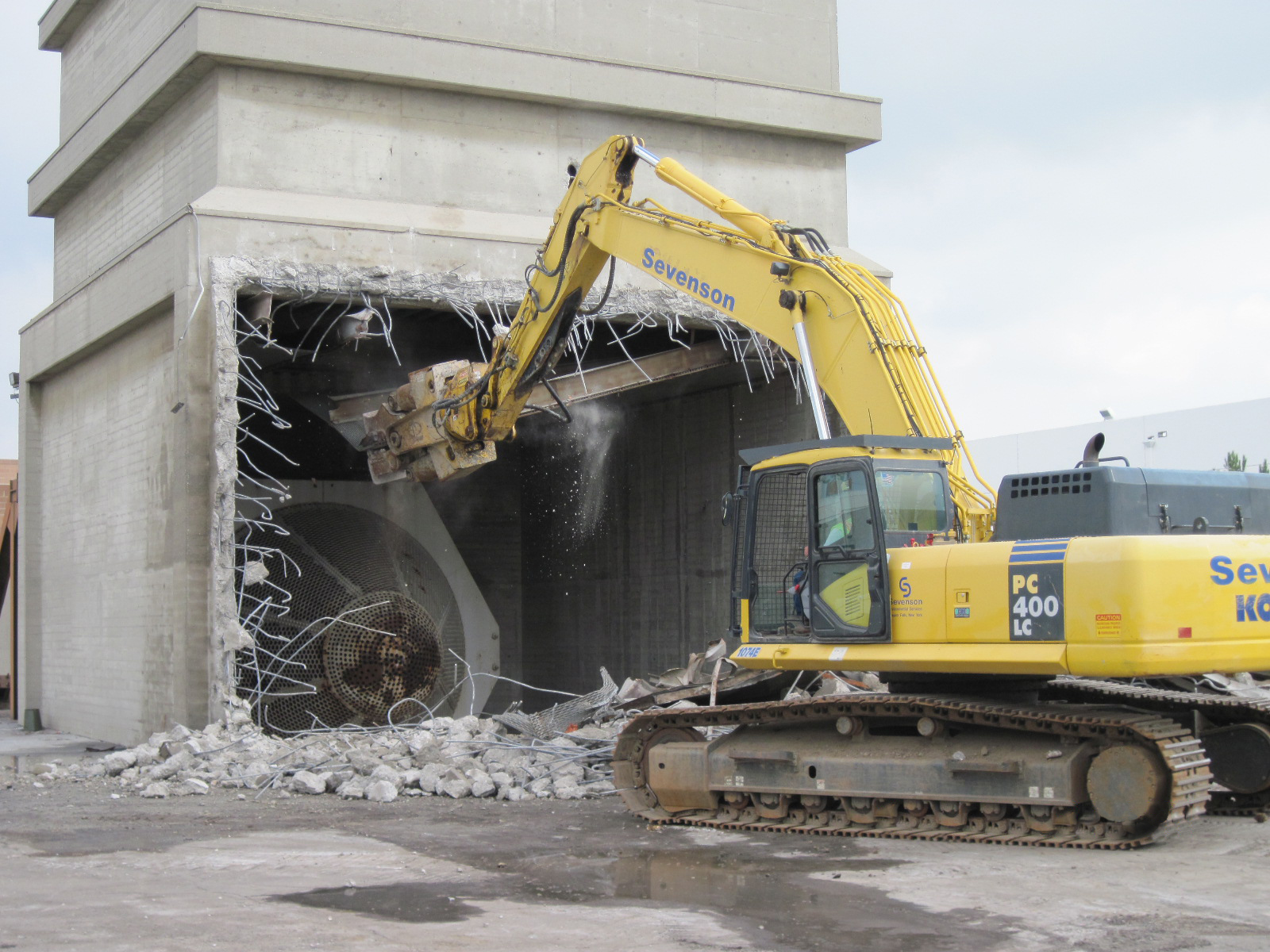 Decontamination & Demolition at Sevenson