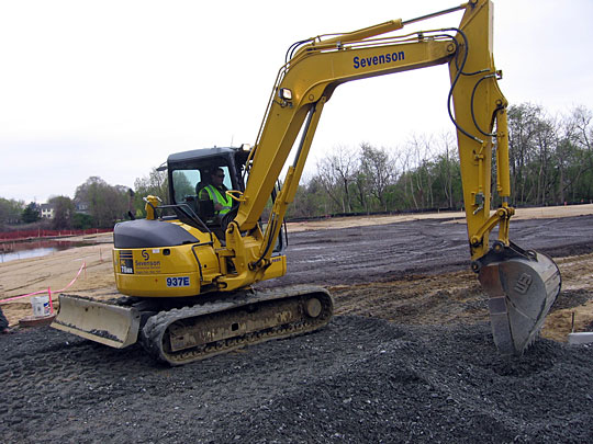 Sevenson excavator work at the Welsbach & Gas Mantle Superfund Site